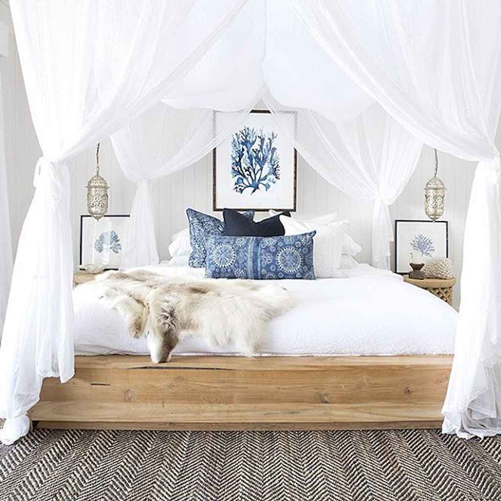 Perfect coastal beach bedroom decoration ideas (12)