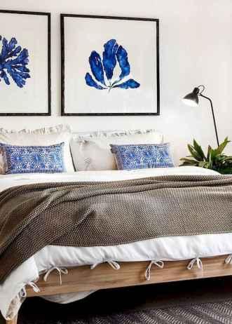 Perfect coastal beach bedroom decoration ideas (19)