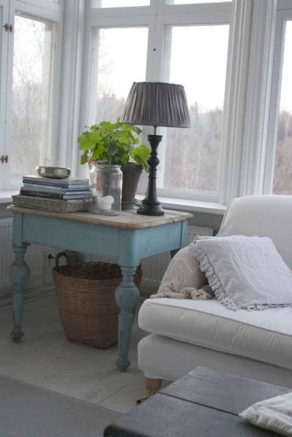 Romantic shabby chic living room decoration ideas (33)