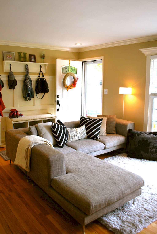 Simple clean vintage living room decorating ideas (20)