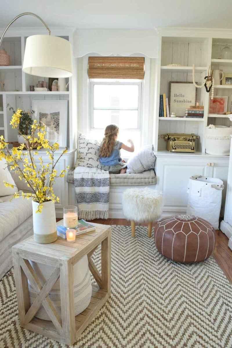 Wonderful coastal living room design & decor ideas (1)
