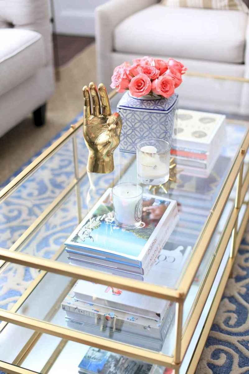 Wonderful coastal living room design & decor ideas (9)