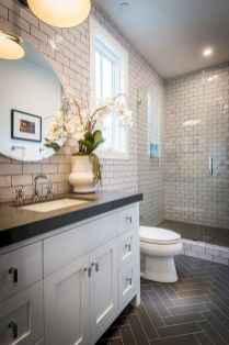 Beautiful bathroom tile remodel ideas (19)