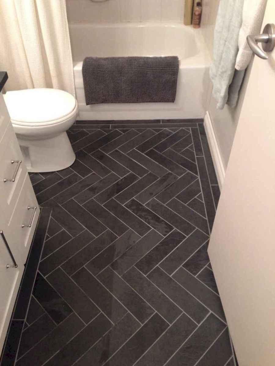 Beautiful bathroom tile remodel ideas (43)