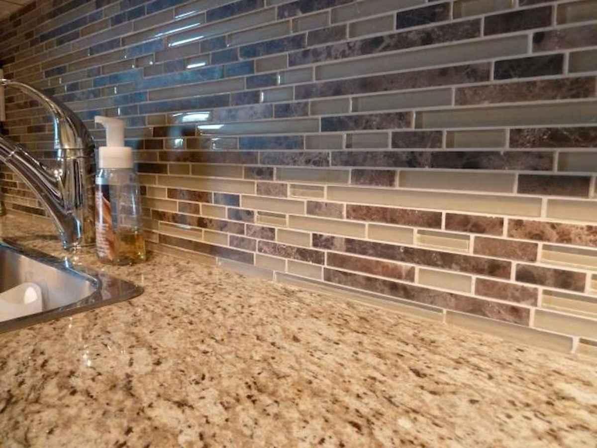 Beautiful kitchen remodel backsplash tile ideas (45)