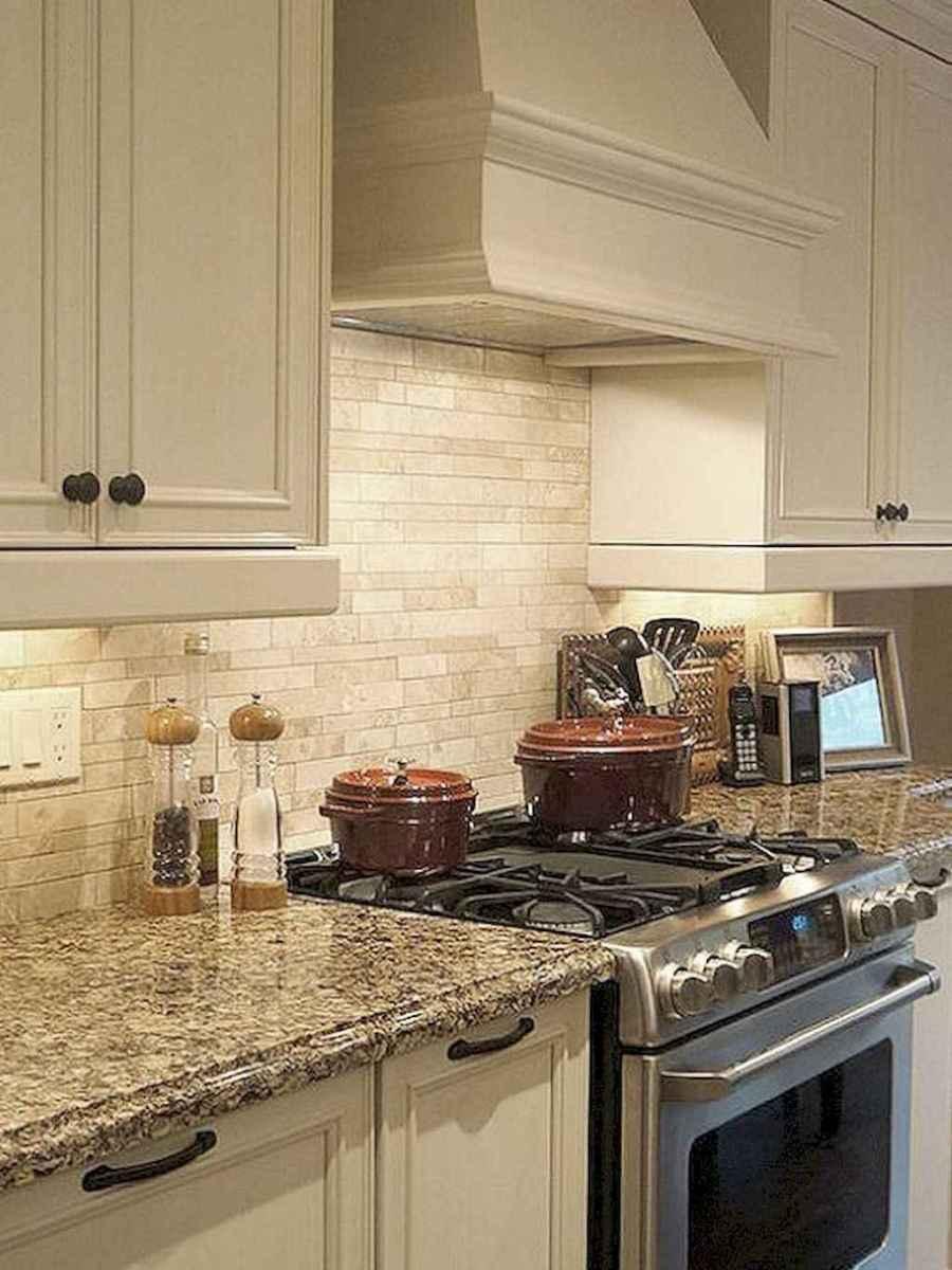 Beautiful kitchen remodel backsplash tile ideas (84)