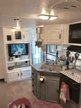 Best travel trailers remodel for rv living ideas (5)