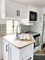 Best travel trailers remodel for rv living ideas (50)