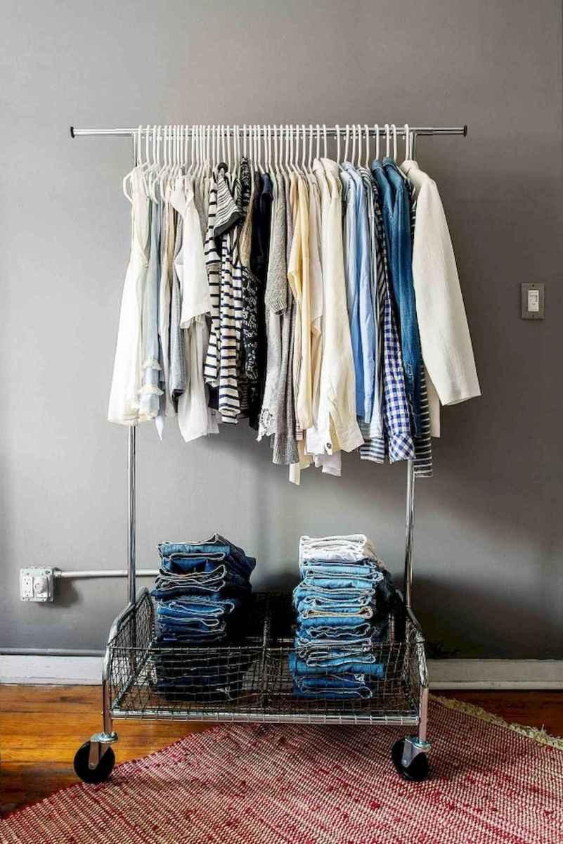 Diy rental apartment decorating ideas (15)