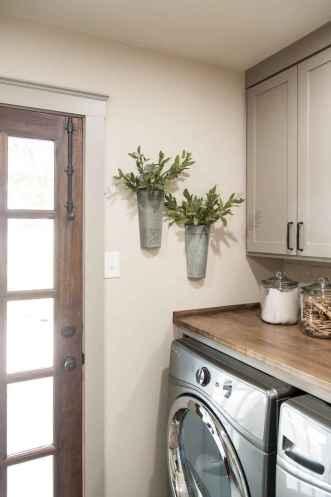 Farmhouse style laundry room makeover ideas (38)