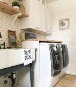 Farmhouse style laundry room makeover ideas (46)