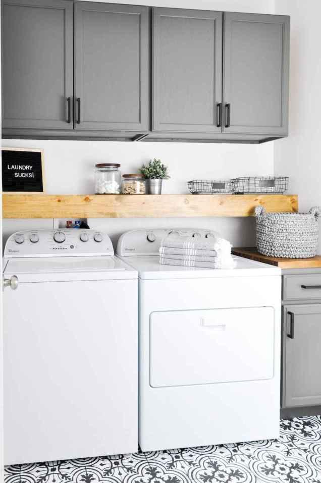 Farmhouse style laundry room makeover ideas (55)