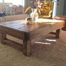 Rustic farmhouse coffee table ideas (2)