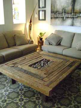 Rustic farmhouse coffee table ideas (22)