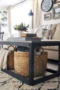 Rustic farmhouse coffee table ideas (37)