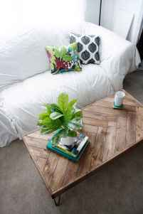 Rustic farmhouse coffee table ideas (38)