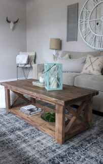 Rustic farmhouse coffee table ideas (85)