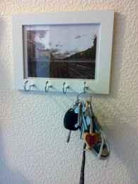 Rustic key holder organized ideas (49)