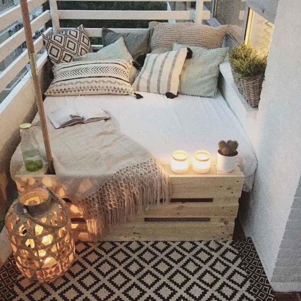 Small balcony decoration ideas (65)