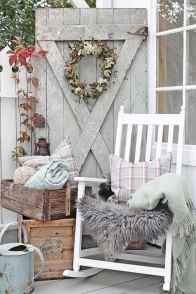 Vintage farmhouse porch ideas (61)