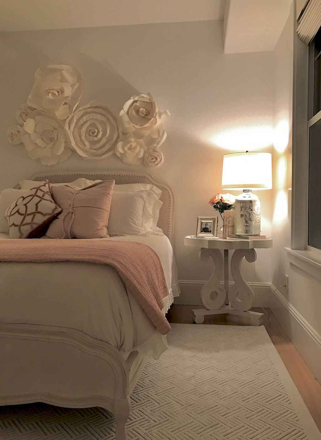 Amazing small first apartment decorating ideas (22)