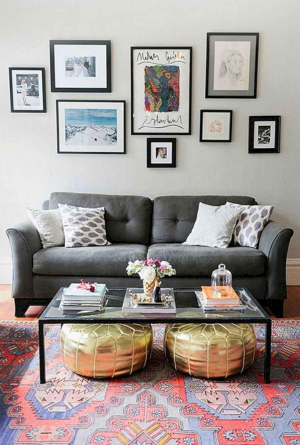 Amazing small first apartment decorating ideas (6)