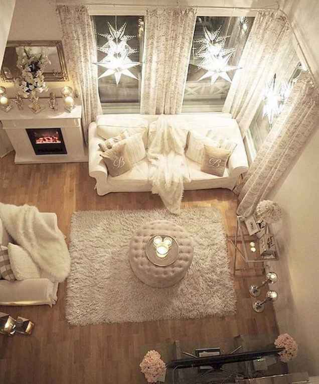 Amazing small first apartment decorating ideas (75)