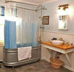 Amazing tiny house bathroom shower ideas (59)
