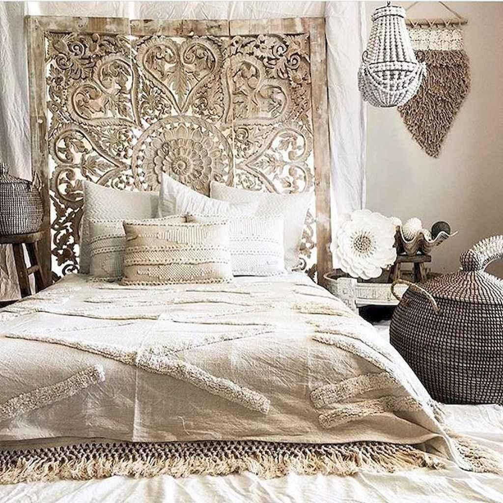 Bohemian style modern bedroom ideas (14)