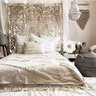 Bohemian style modern bedroom ideas (14)