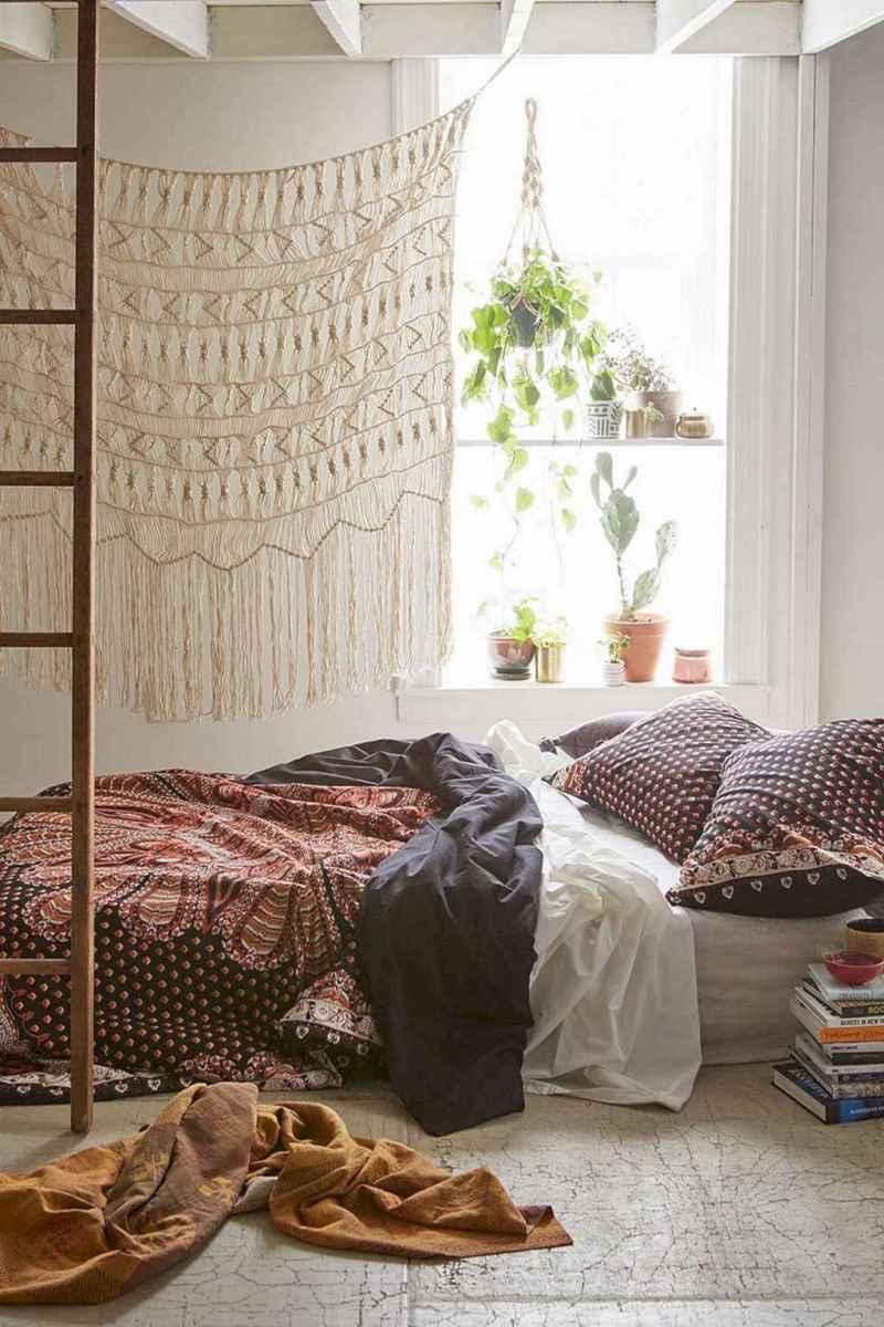 Bohemian style modern bedroom ideas (20)