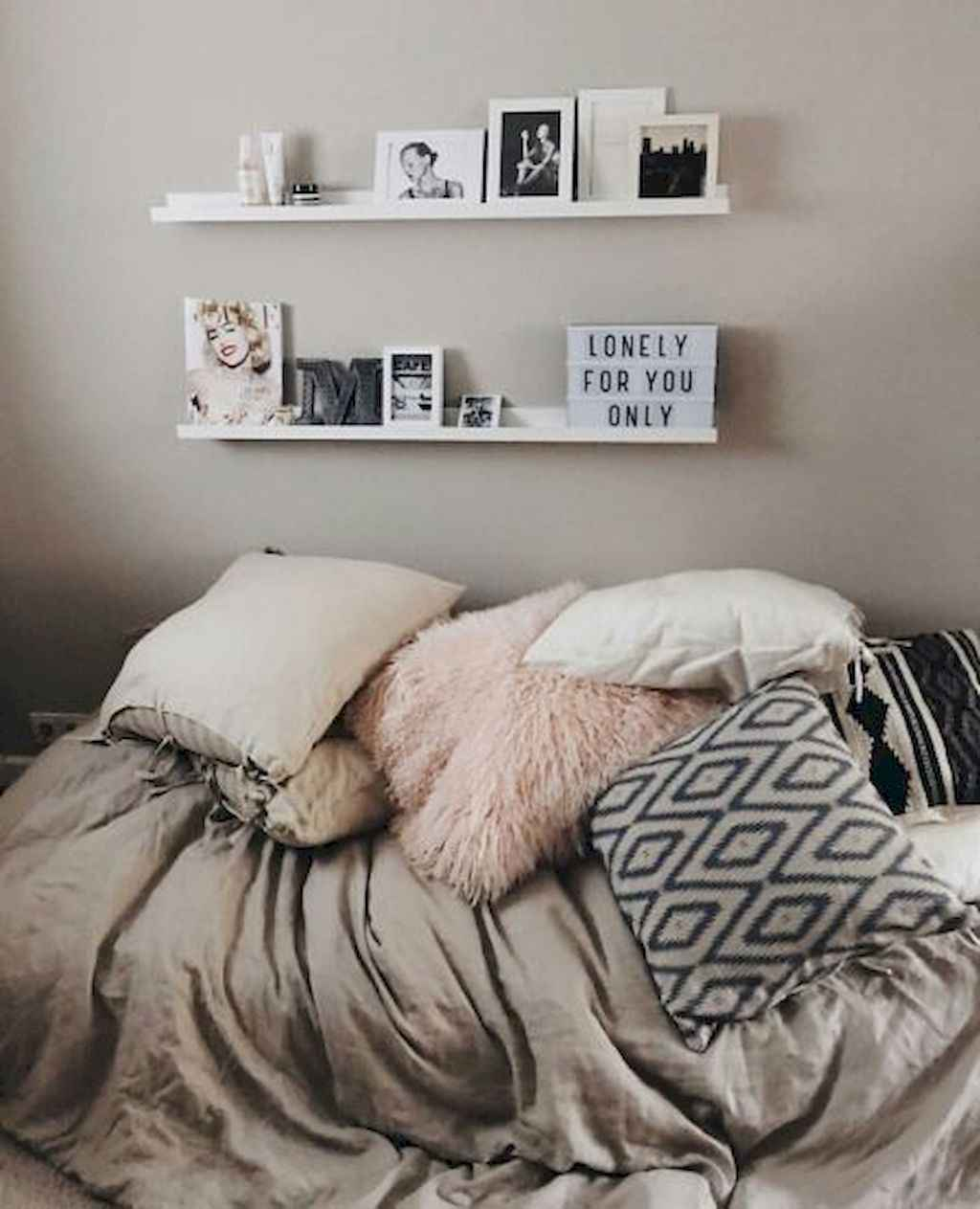 Clever college apartment decorating ideas on a budget (28)