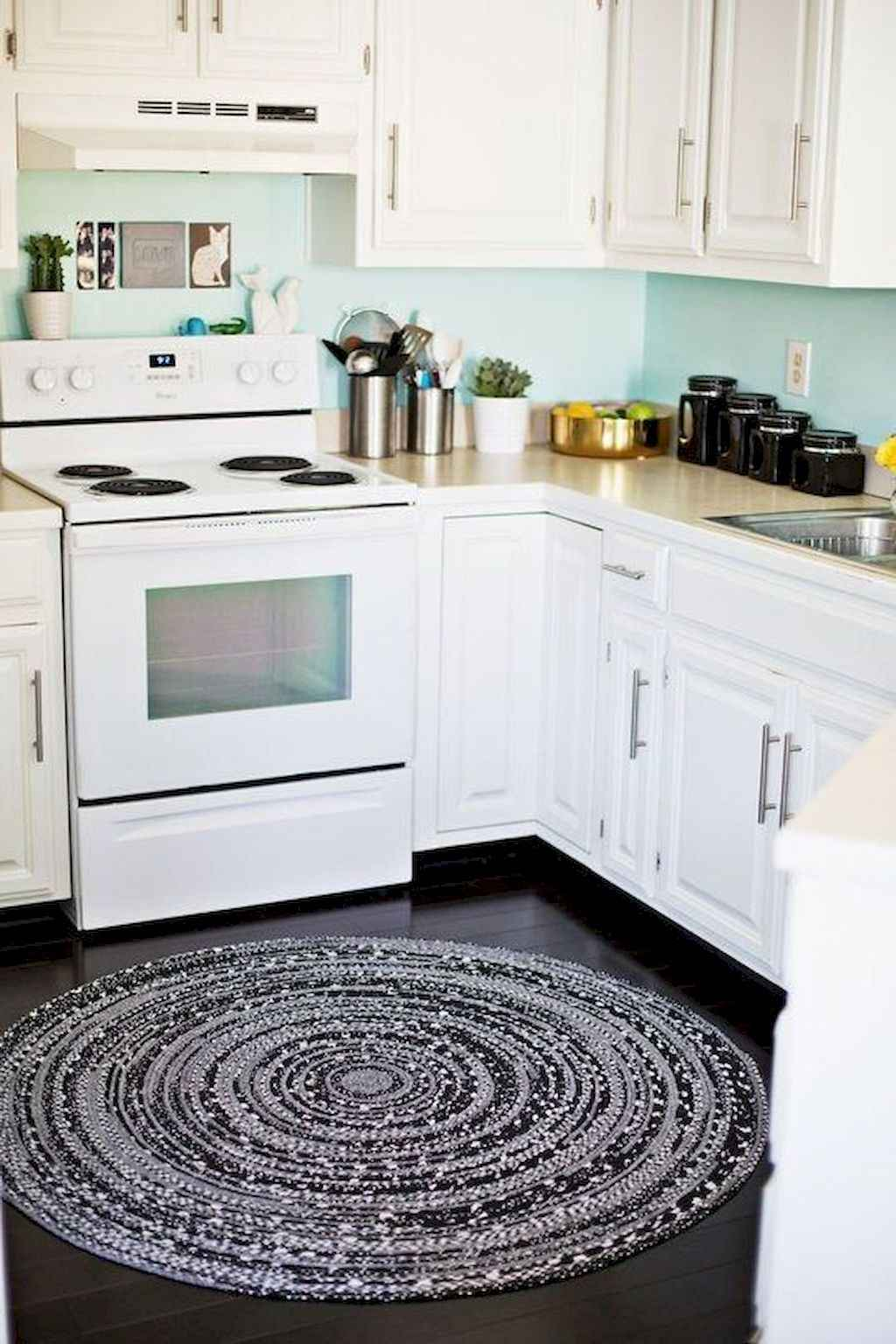 Clever college apartment decorating ideas on a budget (4)