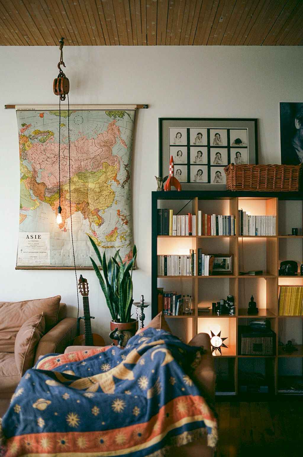 Clever college apartment decorating ideas on a budget (44)