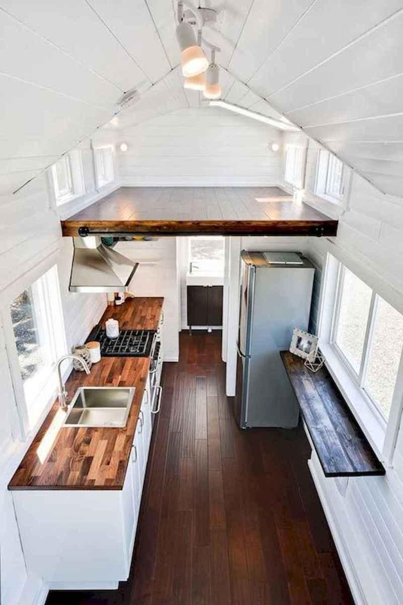 Clever tiny house kitchen decor ideas (31)