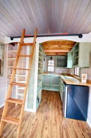 Clever tiny house kitchen decor ideas (32)
