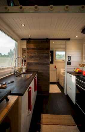 Clever tiny house kitchen decor ideas (44)