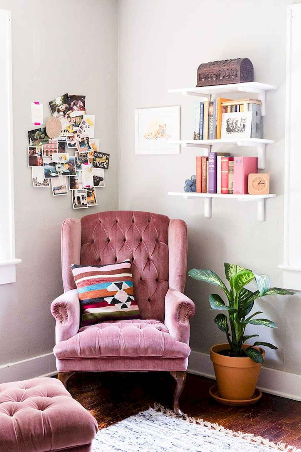 Cozy apartment decorating ideas on a budget (13)