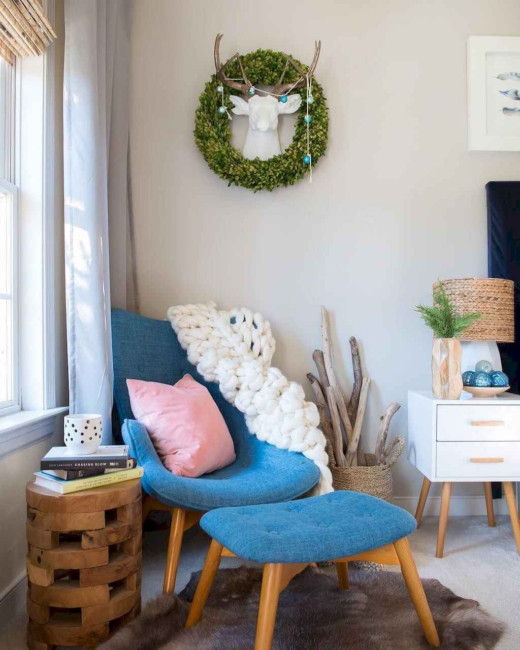 Cozy apartment decorating ideas on a budget (28)