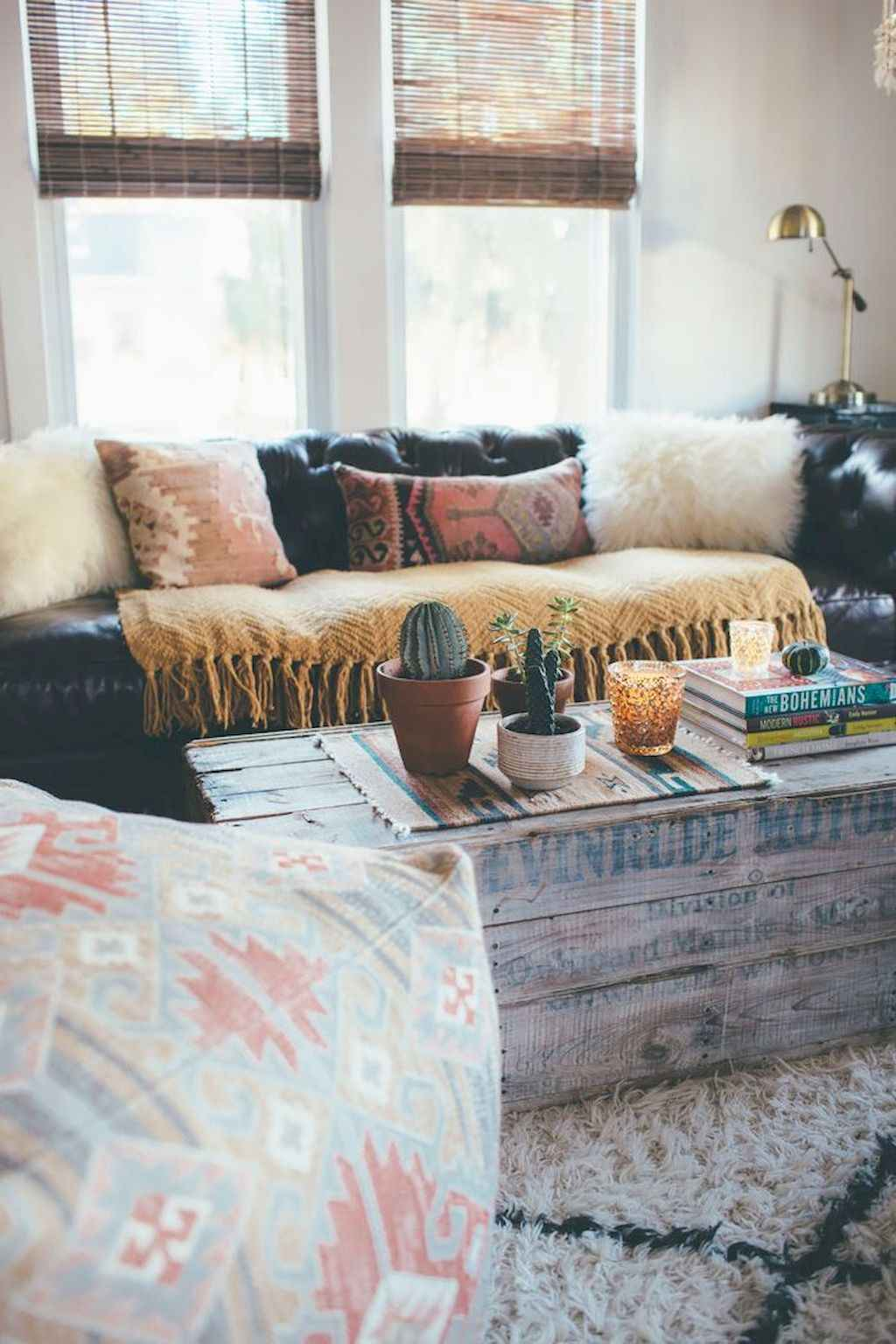 Cozy apartment decorating ideas on a budget (52)
