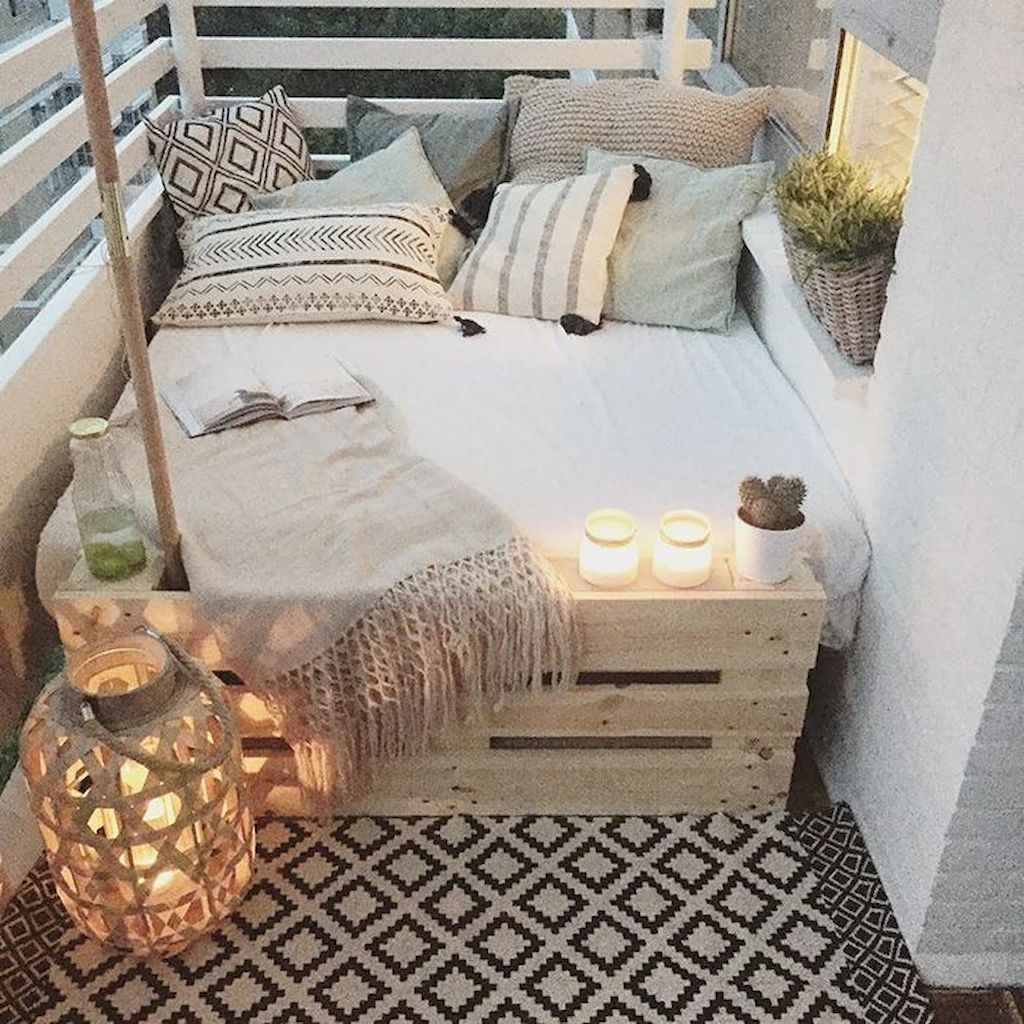 Cozy apartment decorating ideas on a budget (57)