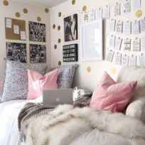 Cute dorm room decorating ideas on a budget (33)