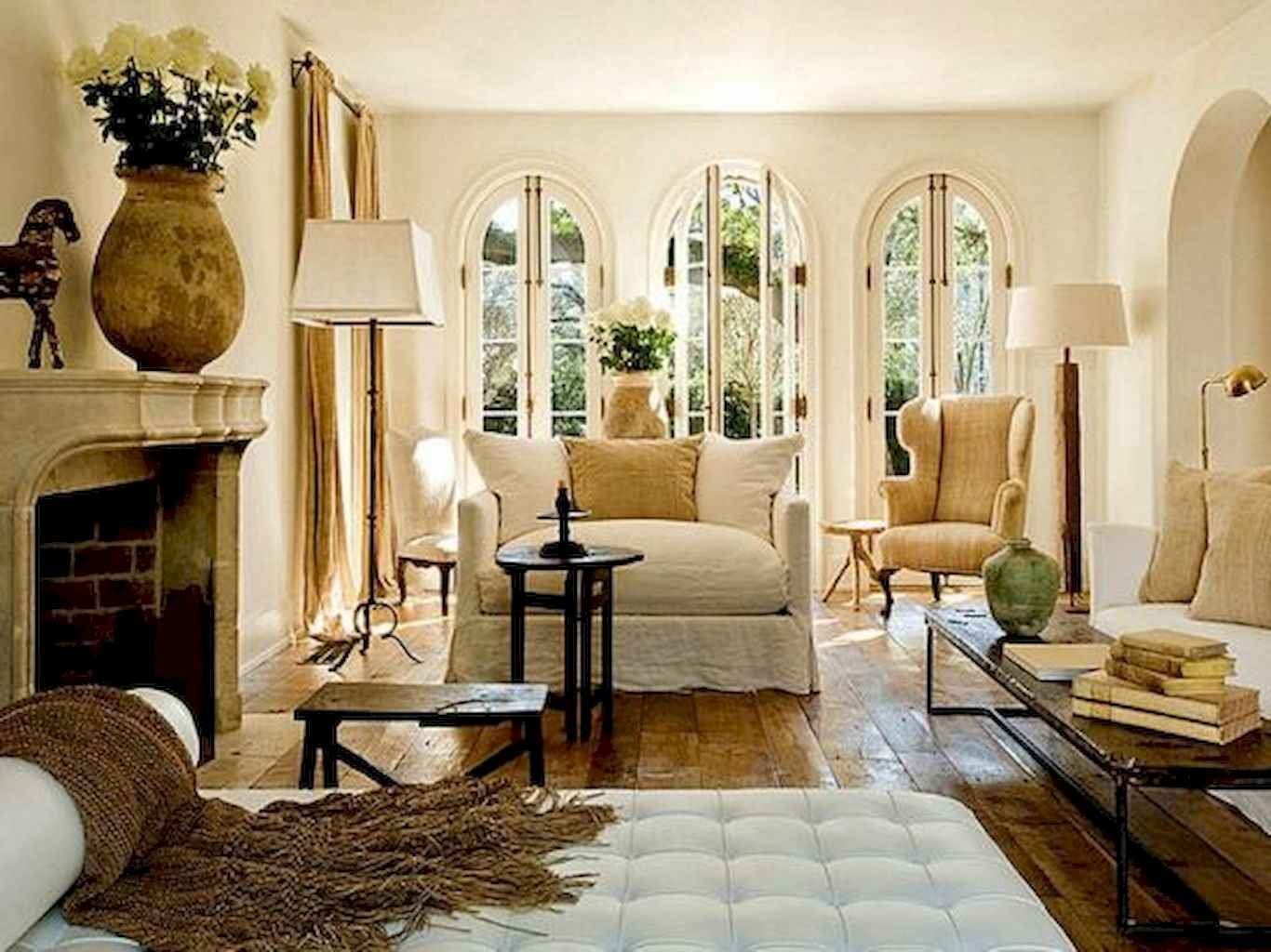 Fancy French Country Living Room Decor Ideas (60)
