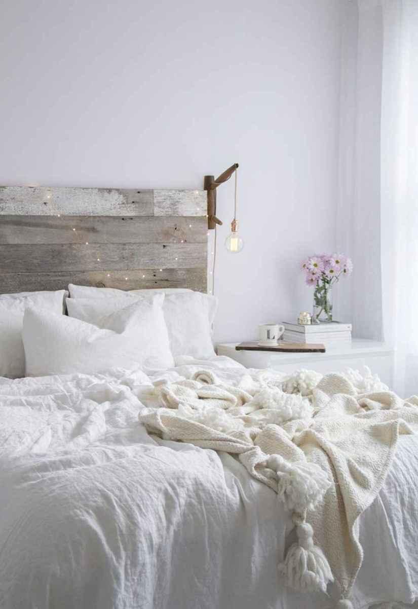 Modern farmhouse style master bedroom ideas (15)