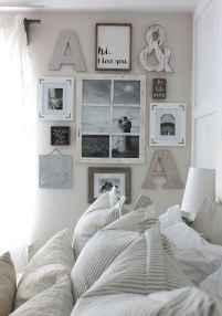 Modern farmhouse style master bedroom ideas (26)