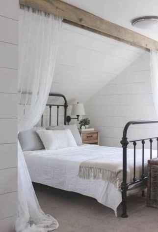 Modern farmhouse style master bedroom ideas (44)