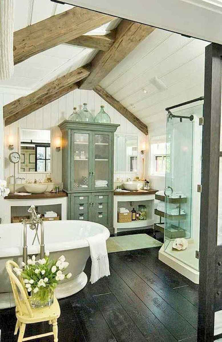 Rustic farmhouse master bathroom remodel ideas (44)