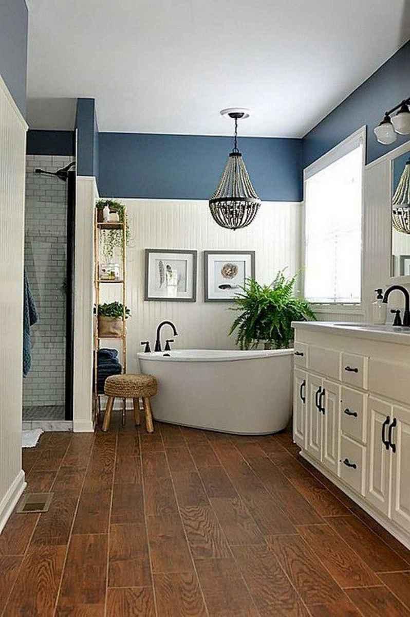 Rustic farmhouse master bathroom remodel ideas (50)