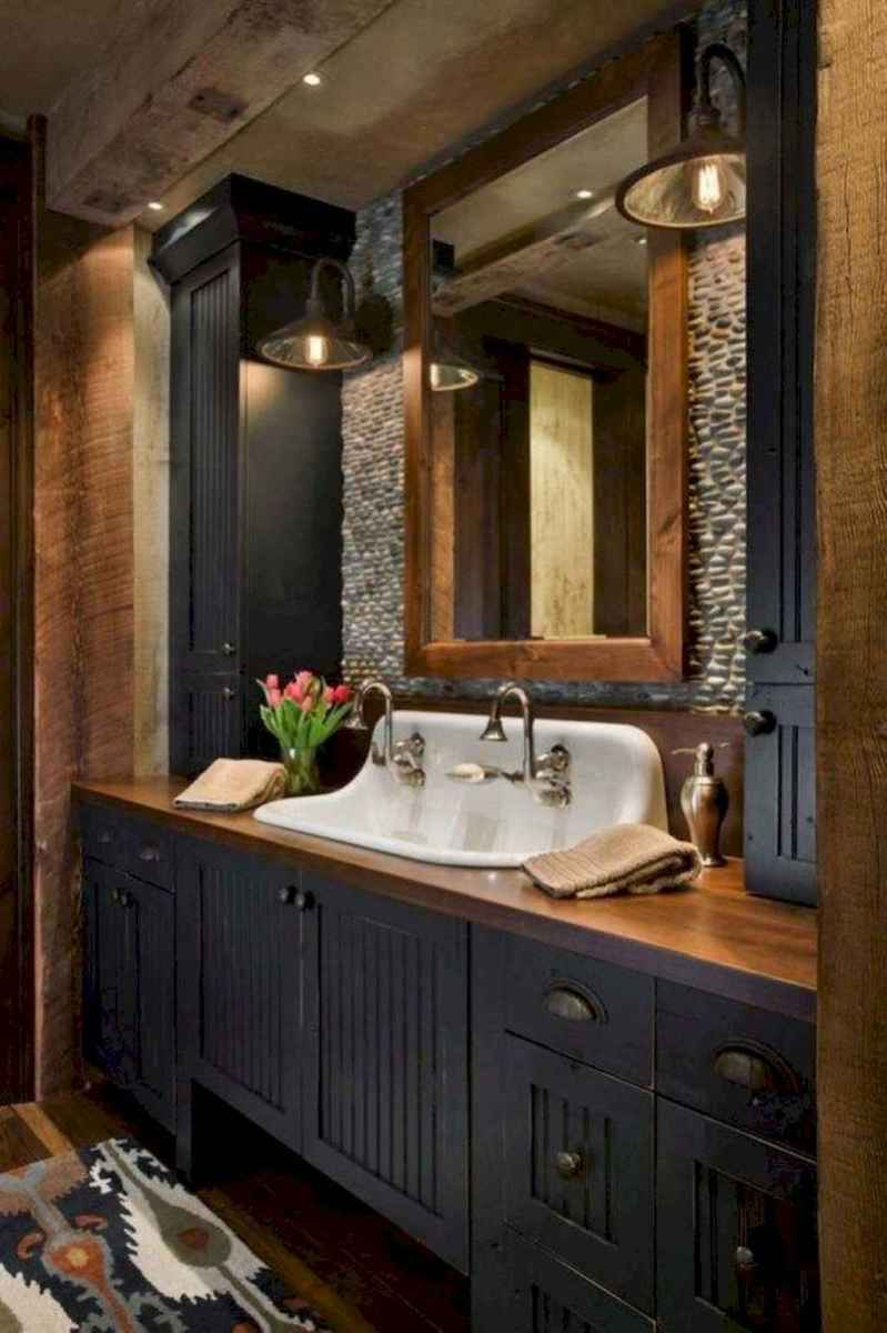Rustic farmhouse master bathroom remodel ideas (8)