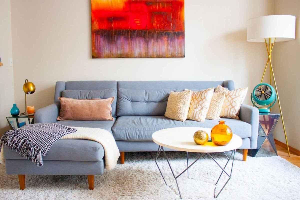 Iny house living room decor ideas (4)